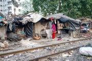 4 PARK CIRCUS TRAIN STATION SLUM (15)