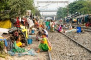 4 PARK CIRCUS TRAIN STATION SLUM (22)