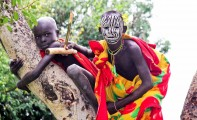 Ethiopia-The-Omo-Valley-Surma-Tribe-001