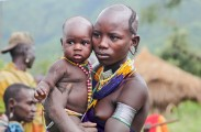 Ethiopia-The-Omo-Valley-Surma-Tribe-019