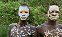 Ethiopia-The-Omo-Valley-Surma-Tribe-020