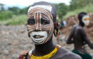Ethiopia-The-Omo-Valley-Surma-Tribe-025