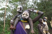 Ethiopia-The-Omo-Valley-Surma-Tribe-027
