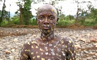 Ethiopia-The-Omo-Valley-Surma-Tribe-035