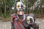 Ethiopia-The-Omo-Valley-Surma-Tribe-036