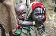 Ethiopia-The-Omo-Valley-Surma-Tribe-047