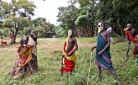 Ethiopia-The-Omo-Valley-Surma-Tribe-077