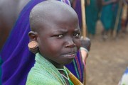Ethiopia-The-Omo-Valley-Surma-Tribe-117