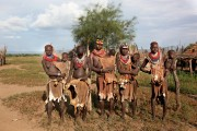 Ethiopia-The-Omo-Valley-Kara-Tribe-007