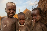 Ethiopia-The-Omo-Valley-Kara-Tribe-020