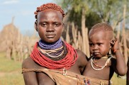 Ethiopia-The-Omo-Valley-Kara-Tribe-029