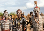 Ethiopia-The-Omo-Valley-Kara-Tribe-050