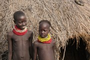 Ethiopia-The-Omo-Valley-Nyangaton-Tribe-038