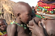 Ethiopia-The-Omo-Valley-Nyangaton-Tribe-041