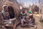 Ethiopia-The-Omo-Valley-Nyangaton-Tribe-048