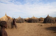 Ethiopia-The-Omo-Valley-Nyangaton-Tribe-049