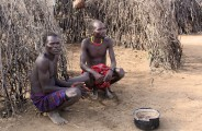 Ethiopia-The-Omo-Valley-Nyangaton-Tribe-050