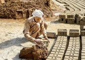 LAHORE BRICK FACTORY, BONDED LABOR (13)