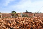LAHORE BRICK FACTORY, BONDED LABOR (74)